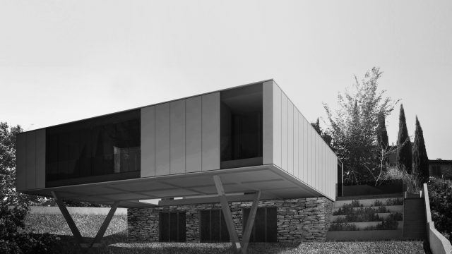 Container design e architettura: due ville unifamiliari in Umbria